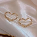 S925银针韩国桃心爱心珍珠简约时尚百搭气质网红同款耳钉