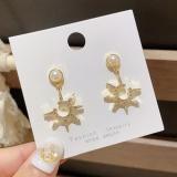 S925银针韩国新款镶钻太阳星星时尚珍珠气质百搭耳钉