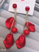 【真金电镀】S925韩国超仙气质红色花瓣流苏过年戴的耳环网红显瘦耳饰品